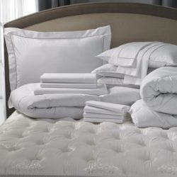 hilton-hotel-stripe-bed-bedding-set-HIL-101-SD_xlrg-760x460