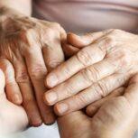 تعداد زیادی پرستار خانم برای سالمند پوشکی بصورت شبانه روزی